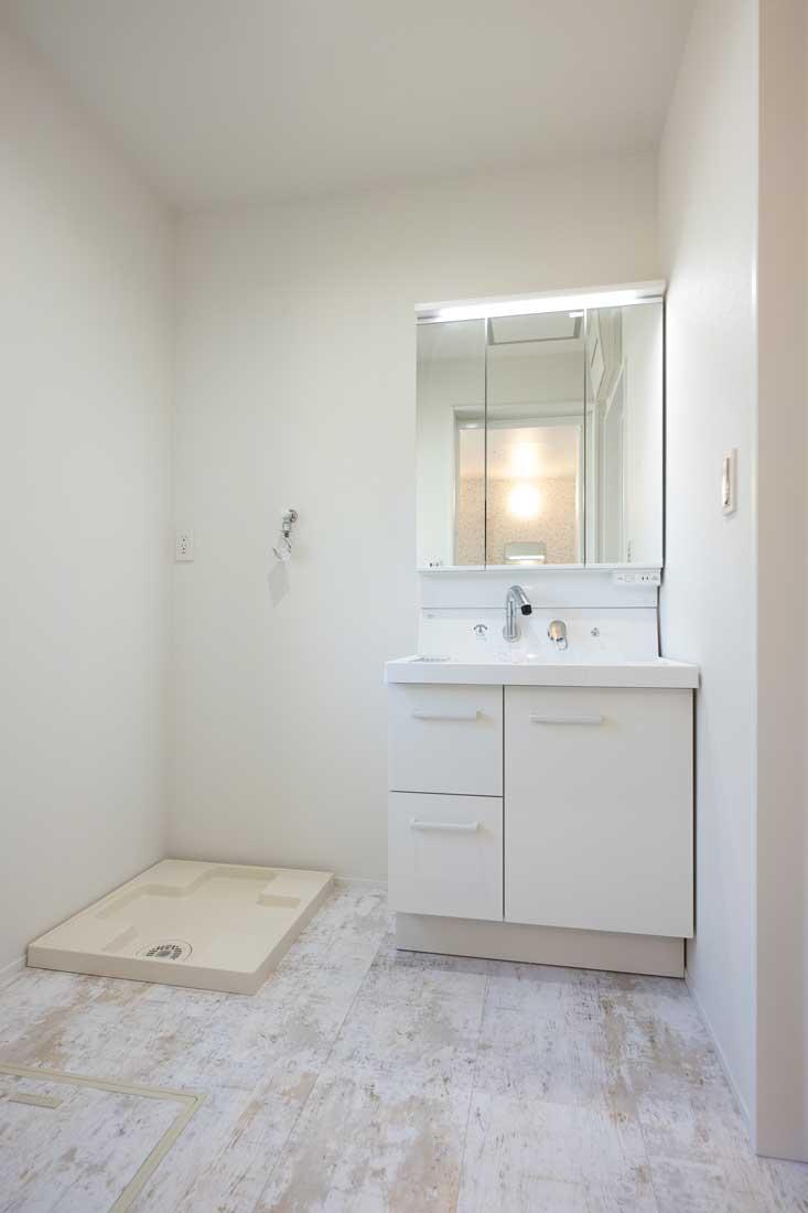 モデルハウスの洗面室